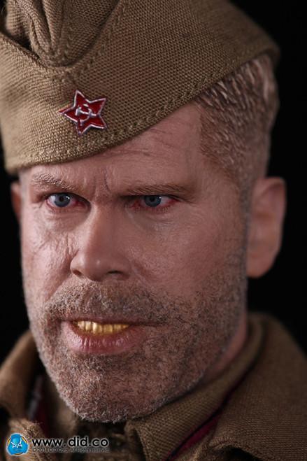 [DID-R80102] DiD WWII USSR SNIPER Battle of Stralingrad 1942 - Sergeant Koulikov 1:6 Boxed Figure