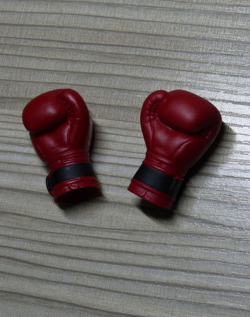 [WK-89005R] Wolf King Ferocious Fighter Action Figure Glove in Red