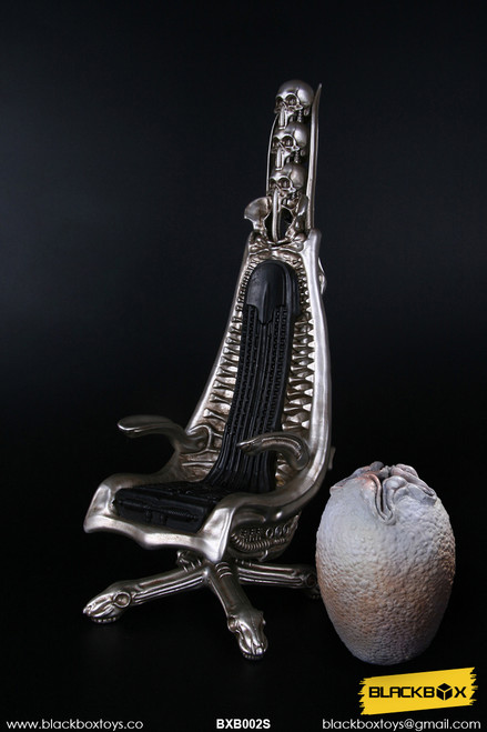 [BB-BXB002S] 1/6 A DARK STAR'S WORLD H.R.G MASTERPIECE DESIGNER CHAIR METALLIC COLOR
