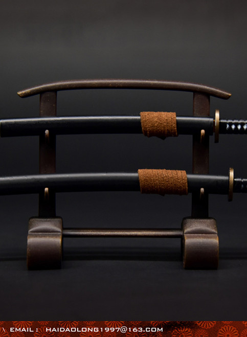 [WK-88004A] Wolf King 1:6 Black Japanese Swords Katana with Stand