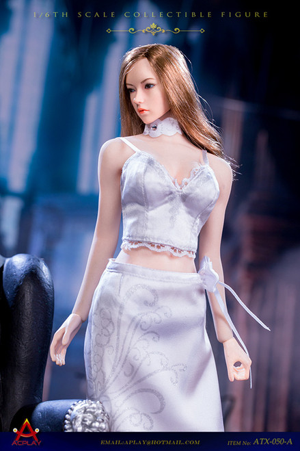 [AP-ATX050A] 1/6 Queen Style Long Retro Skirt in White by ACPLAY
