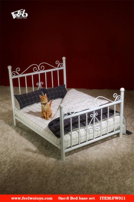 [FW-011A] 1/6 Metal White Bed Base + Mattress by FEELWOTOYS