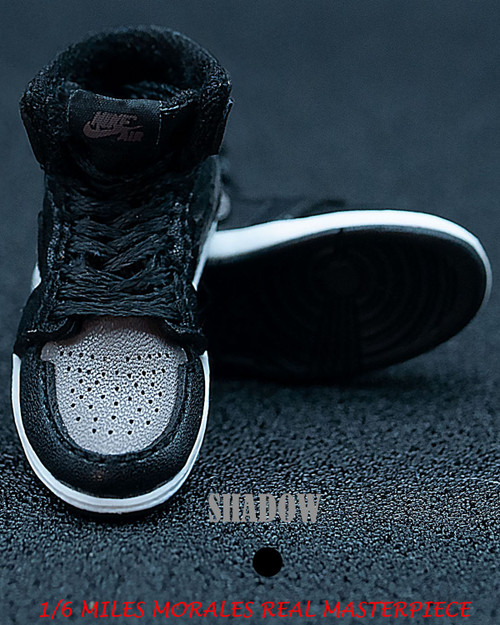 [BAN-1016D] 1/6 Master Series Sneakers in Black by Banned