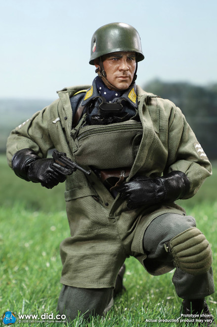 [DiD-D80146] 1/6 WWII German Fallschirmjäger Schmeling by DiD