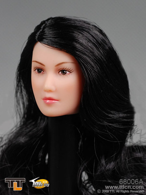 TTL Female Head with Long Curly Black Hairstyle (TTL-68006A)