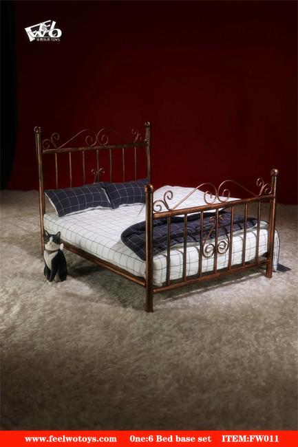 [FW-011C] 1/6 Metal Black Bed Base Set + Mattress by FEELWOTOYS