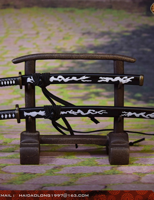 [WK-88005A] 1:6 Black Japanese Swords Katana with Stand by Wolf King