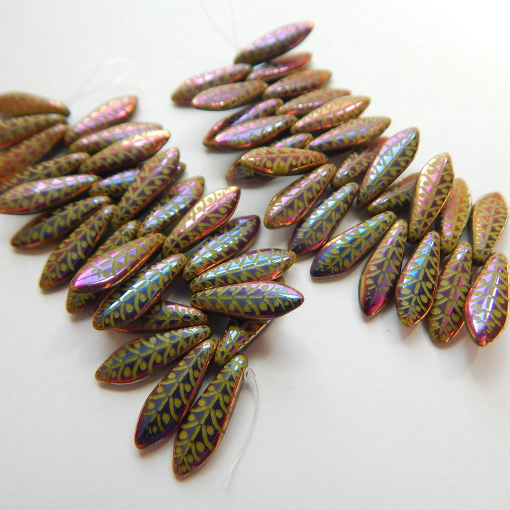 5x16mm Dagger (25 beads) Czech Glass Wasabi Opaque Rye