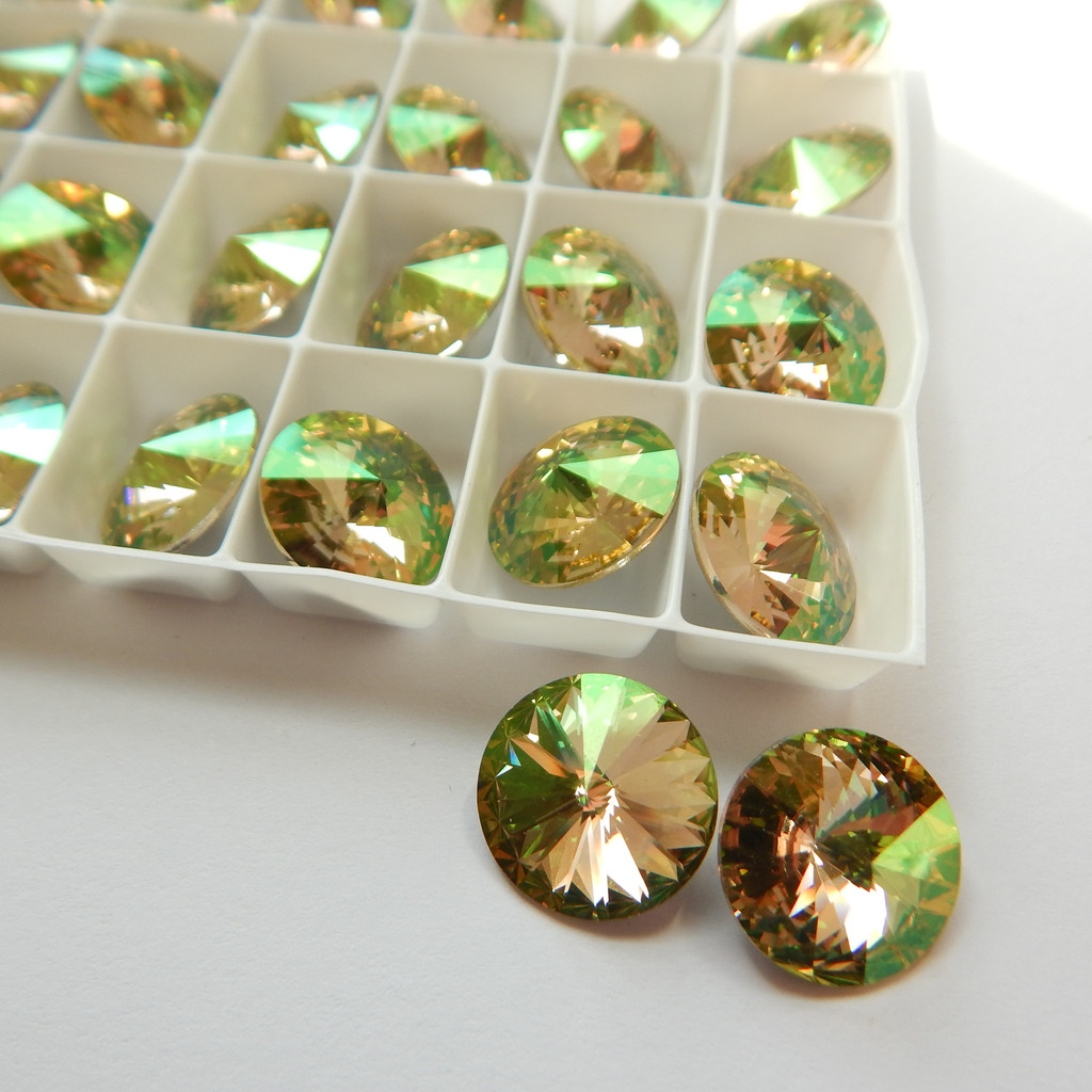 14mm 1122 Swarovski Rivoli (2 Pieces) Luminous Green Foiled