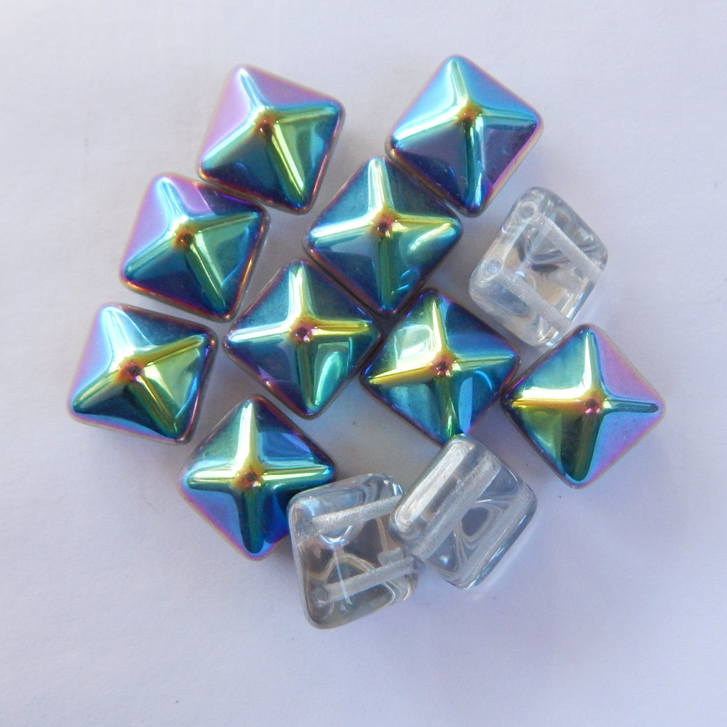 12 Beads - 12mm Pyramid Beadstud - Crystal Vitrail - Czech Glass
