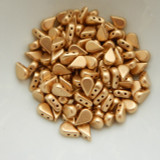 30 Beads - 5x8mm Amos® par Puca® Two Hole Drop Shape Matte Light Gold Czech Glass
