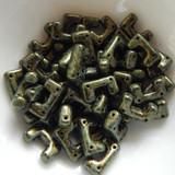 12 Beads - Telos® par Puca® Paris - Metallic Matte Green Spotted - Czech Glass