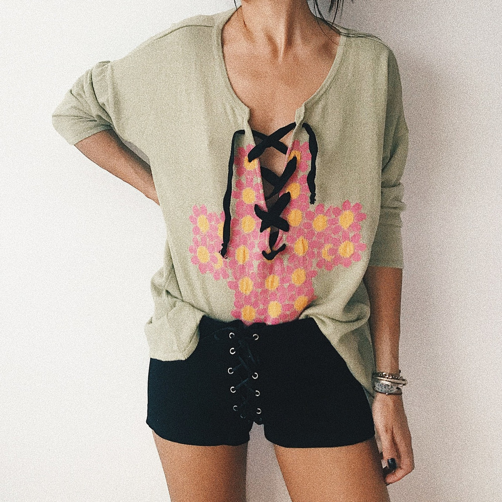 FLORAL CROSS MINT KNIT SWEATER