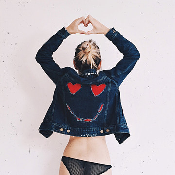 HEART EYES DENIM JACKET