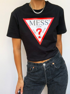 I AM A MESS CROPPED TEE