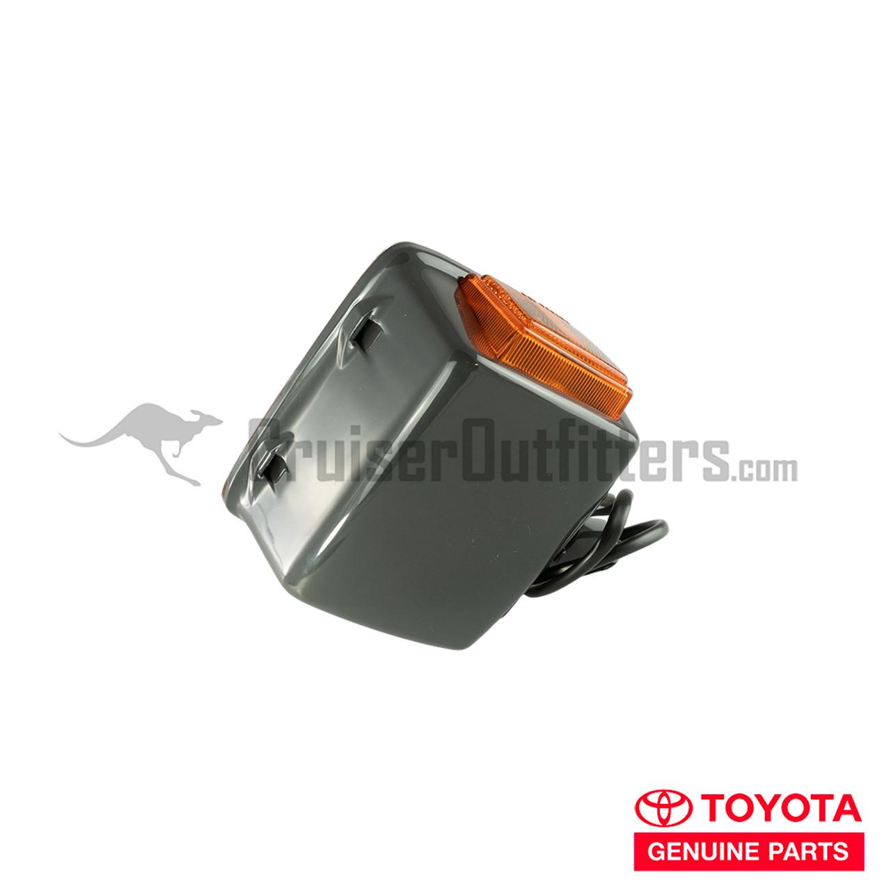 Front Turn Signal Assembly - OEM Toyota - Fits 4x Series RH (LT69035ROEM)