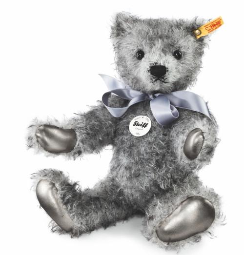 Steiff Classic Teddy Bear Olly