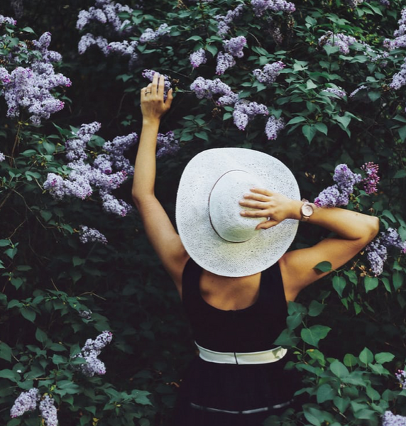 This is a beautiful way to build your body's qi/energy. Tress and flowers are happy to share!