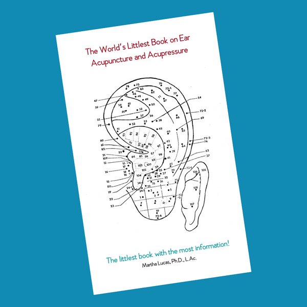 THE WORLD'S LITTLEST BOOK ON EAR ACUPUNCTURE AND ACUPRESSURE - Physical Book