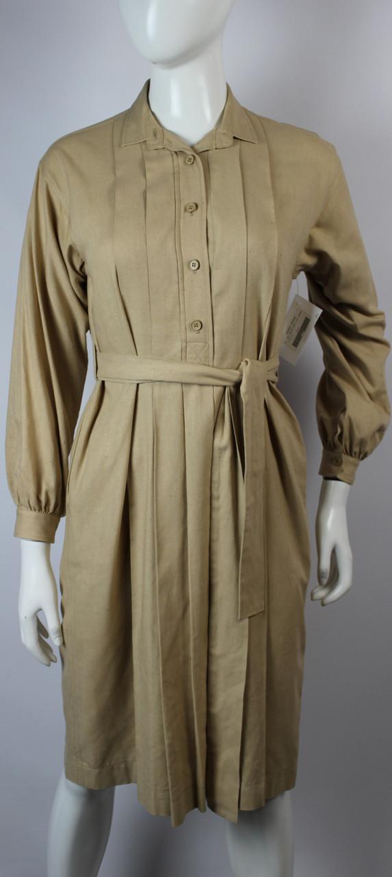 d2b7927f Women's Vintage 1970s Yves Saint Laurent Beige Raw Silk Dress