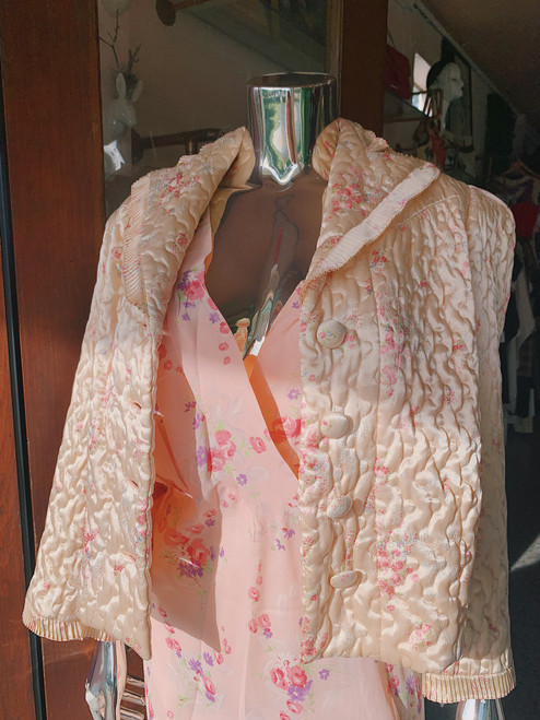 1940's Bonwit Teller Bed Jacket in Champ Foral