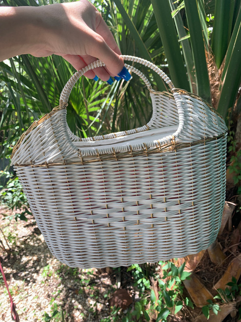 White & Gold Woven Wire Purse