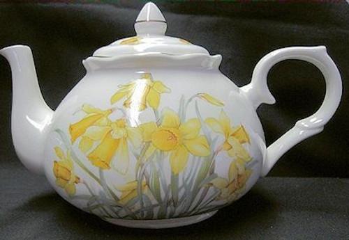Welsh Daffodil Tea Pot