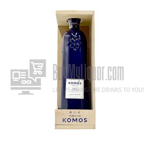 Tequila Komos has unveiled an Anejo Cristalino that has been aged in white wine barrels. The European Tequila brand comes from Master Sommelier Richard Betts, who previously founded wine labels Betts & Scholl and Scarpetta as well as Sombra Mezcal, and entrepreneur Joe Marchese.