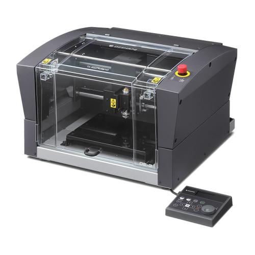Roland DE-3 Desktop Engraver