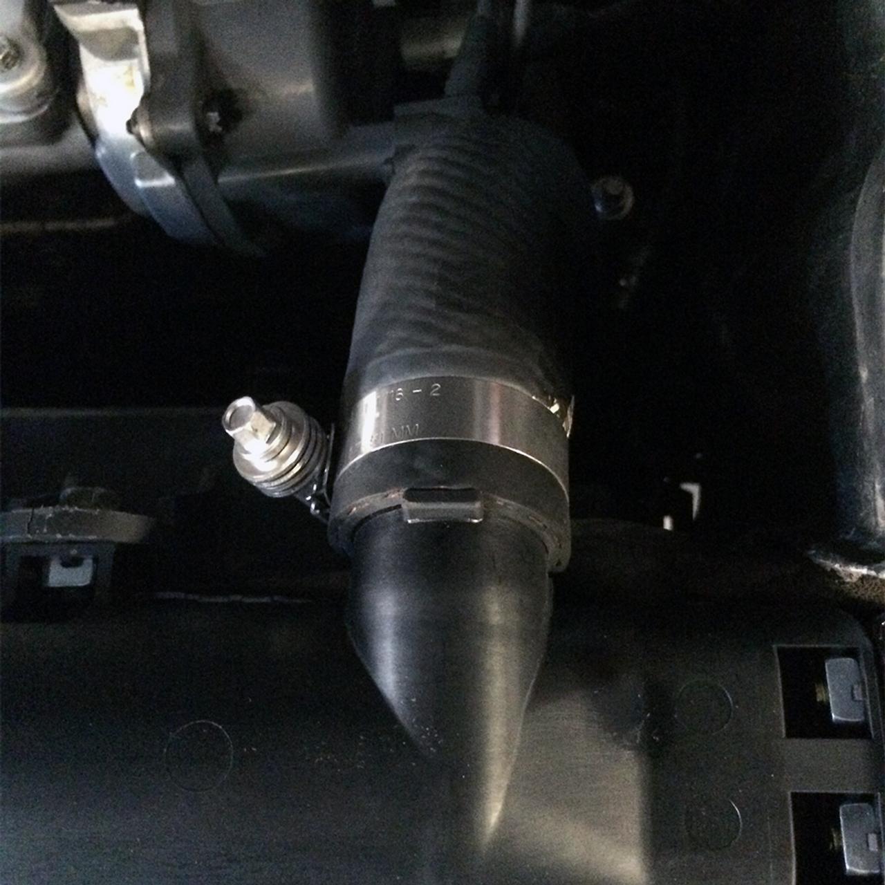 1FZ upper radiator hose installed
