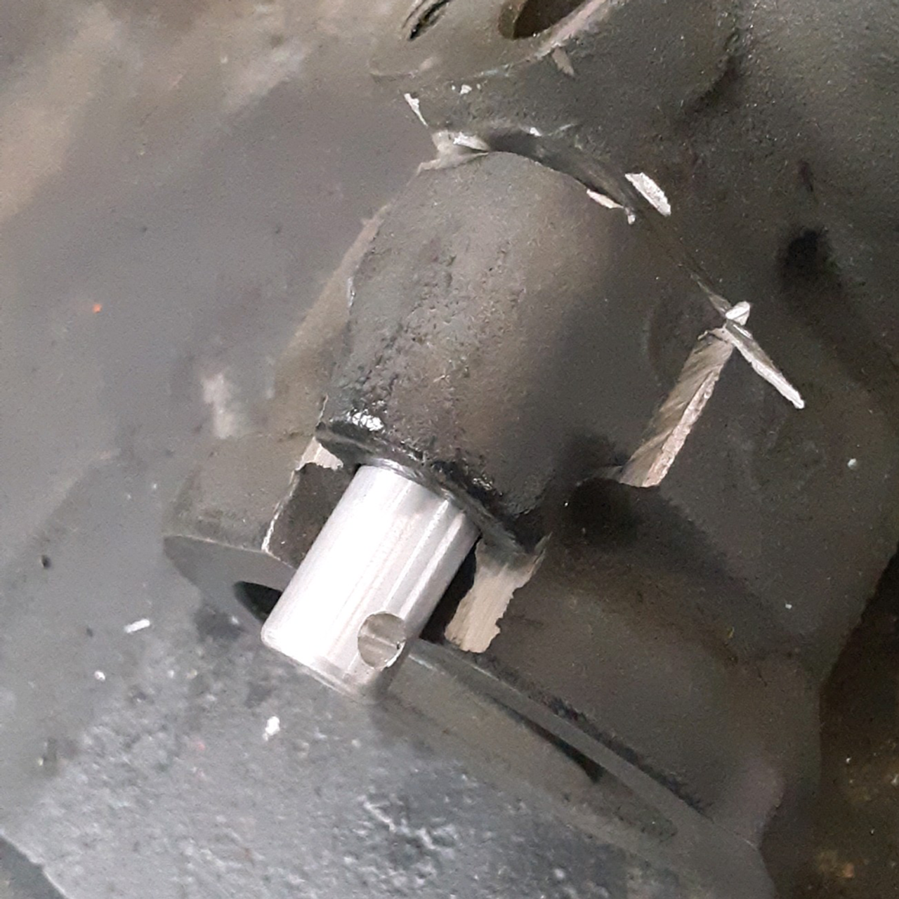 "80 Series 1FZ ""Emergency"" Power Steering Plug (PSP-1), what the new plug looks like in place"