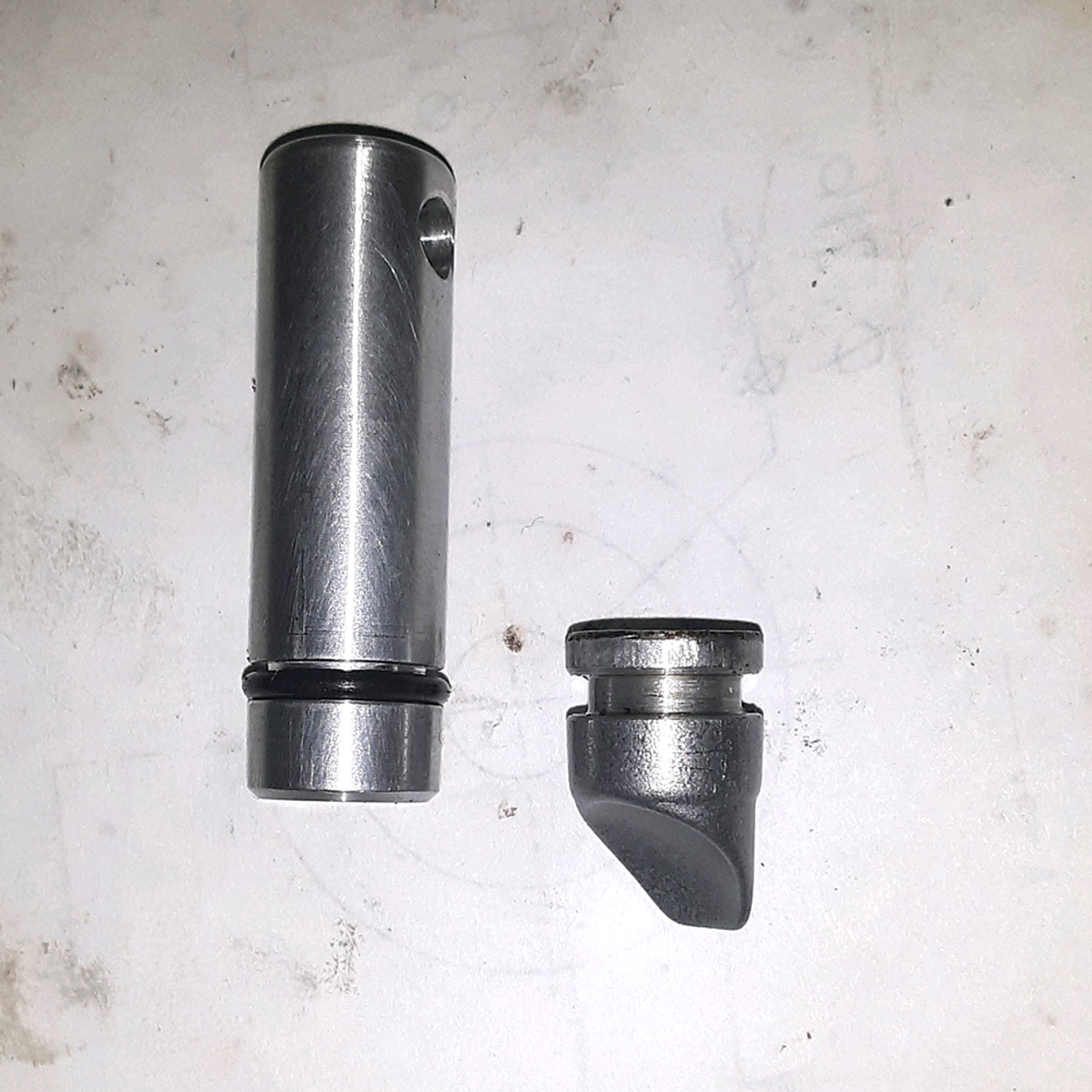 "80 Series 1FZ ""Emergency"" Power Steering Plug (PSP-1), old vs new plug"
