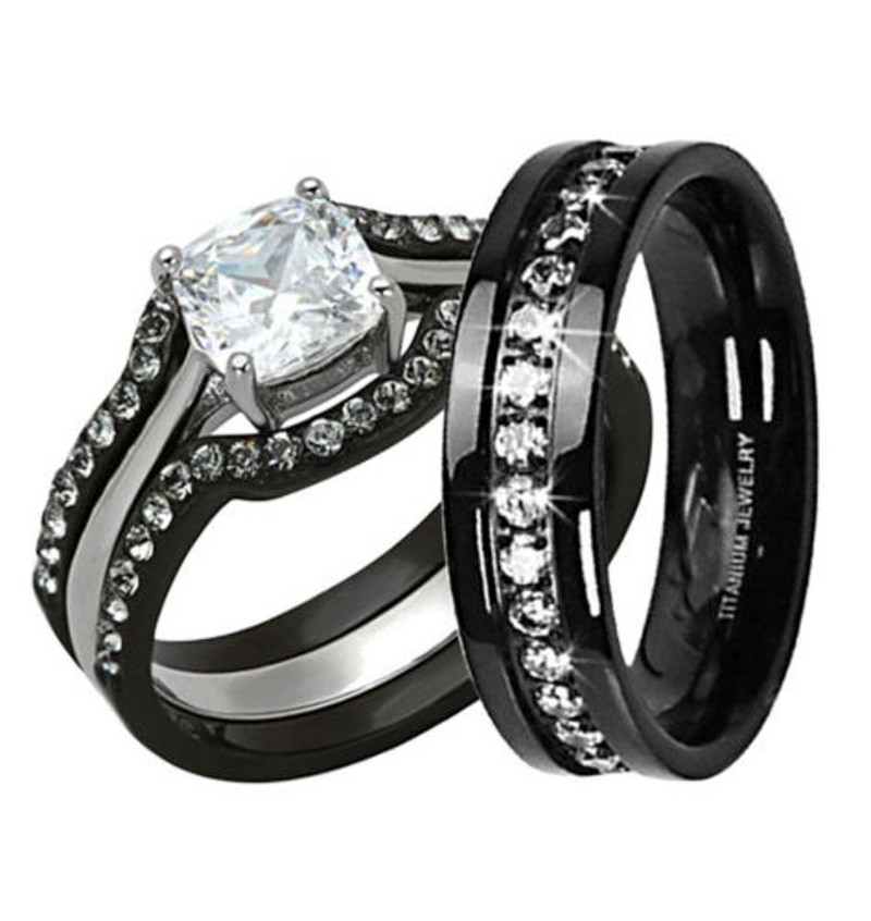 HIS & HERS 4PC BLACK STAINLESS STEEL & TITANIUM WEDDING ENGAGEMENT RING BAND SET