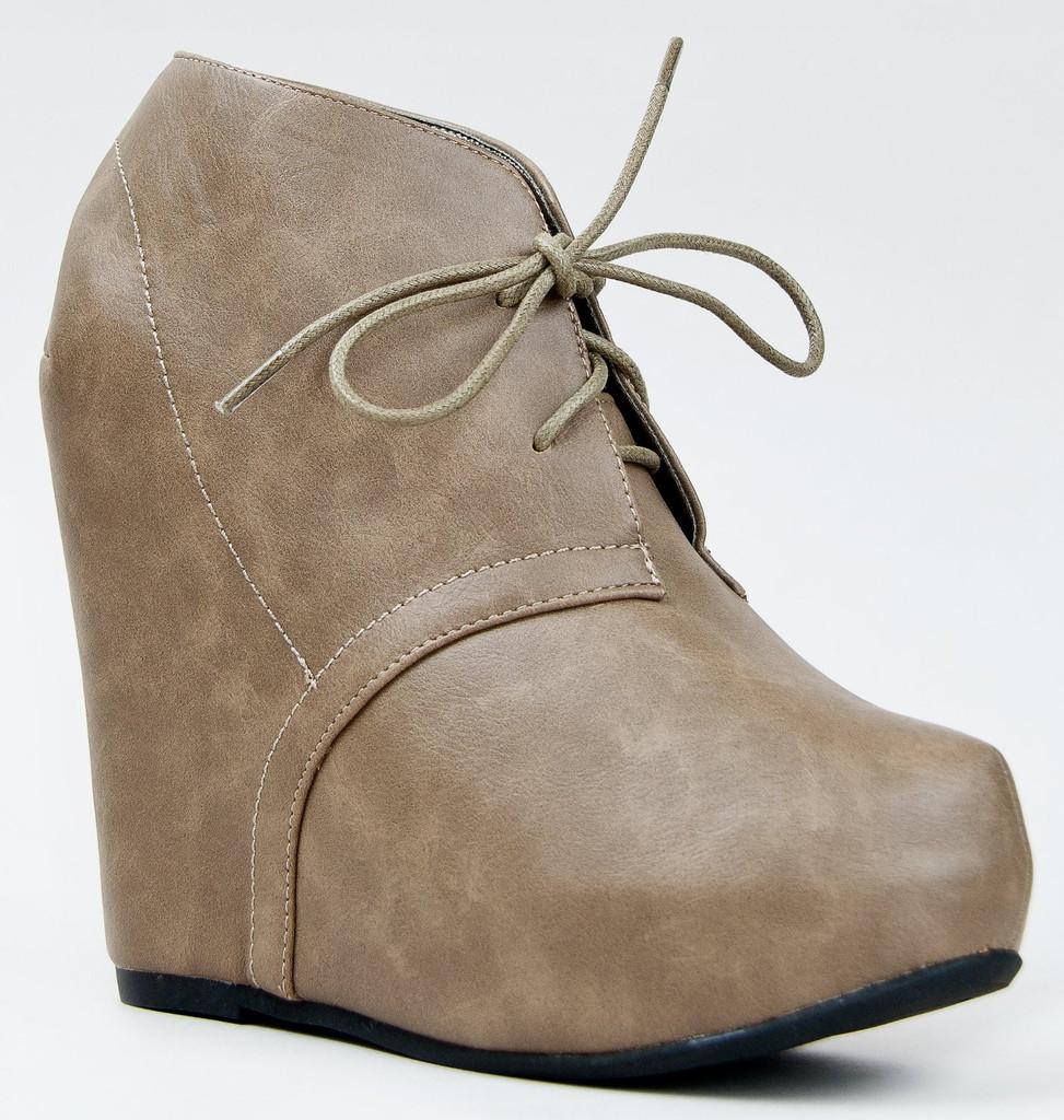 Bamboo Women Debrah-01 Boots
