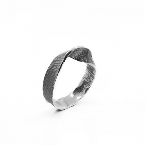Dark Silver Wave Ring (1182886XU)