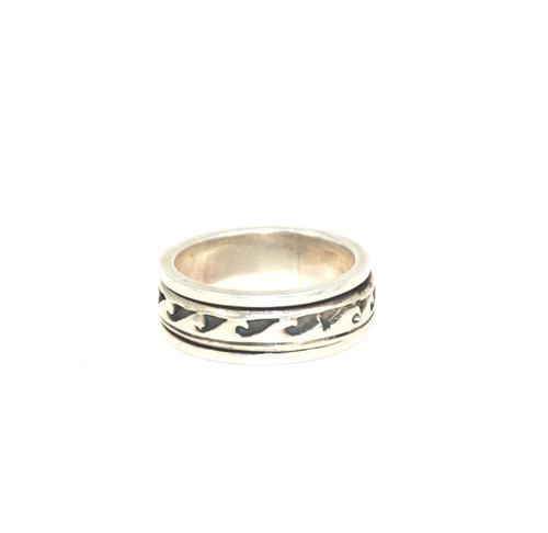 Kinetic Silver Wave Ring
