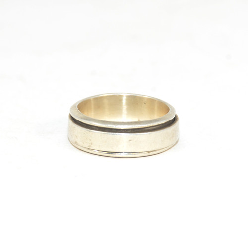 Sterling Silver Minimalist Kinetic Ring