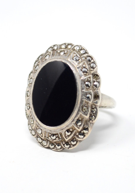 Vintage Victorian Style Cocktail Ring Onyx Cabochon / Marcasite Setting Size 6