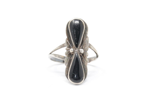Onyx Hourglass Twist Sterling Silver Ring Size 8