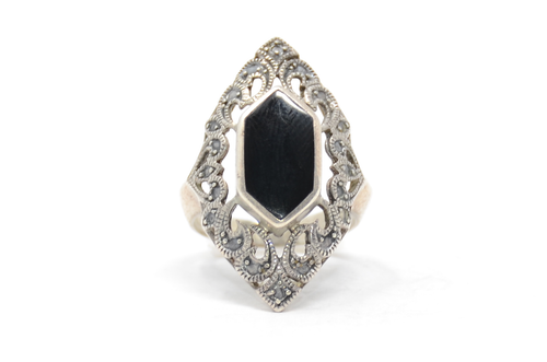 Sterling Victorian Style Onyx Ring