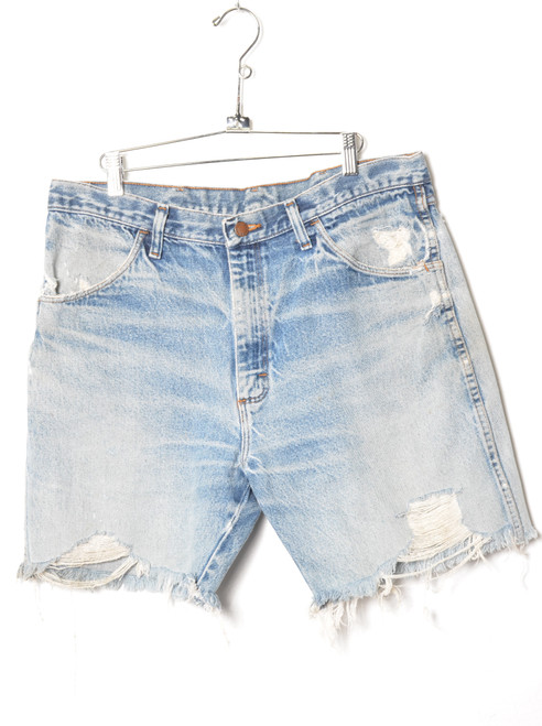 "Rustler Light Wash Thrashed Cutoff Denim Shorts 35"""