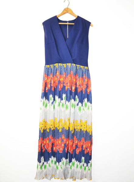 1970's Sleeveless Floral Maxi Dress