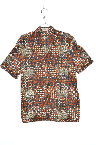 Traditional Batik Pattern Hawaiian Shirt | 42 Large