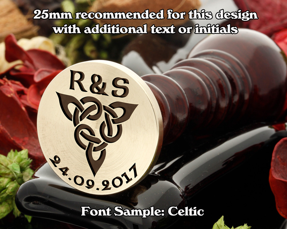 Celtic D8 Wax Seal - text extra, sample font Celtic
