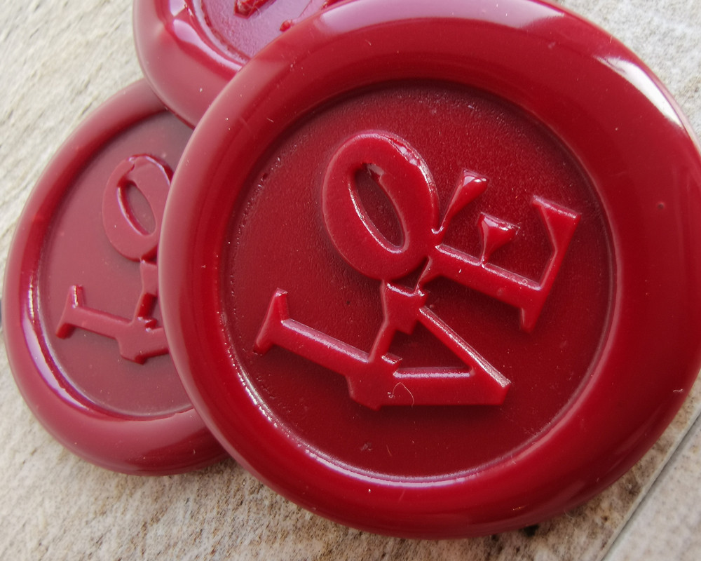 LOVE Peel and Stick wax seal Stickers Traditional Red