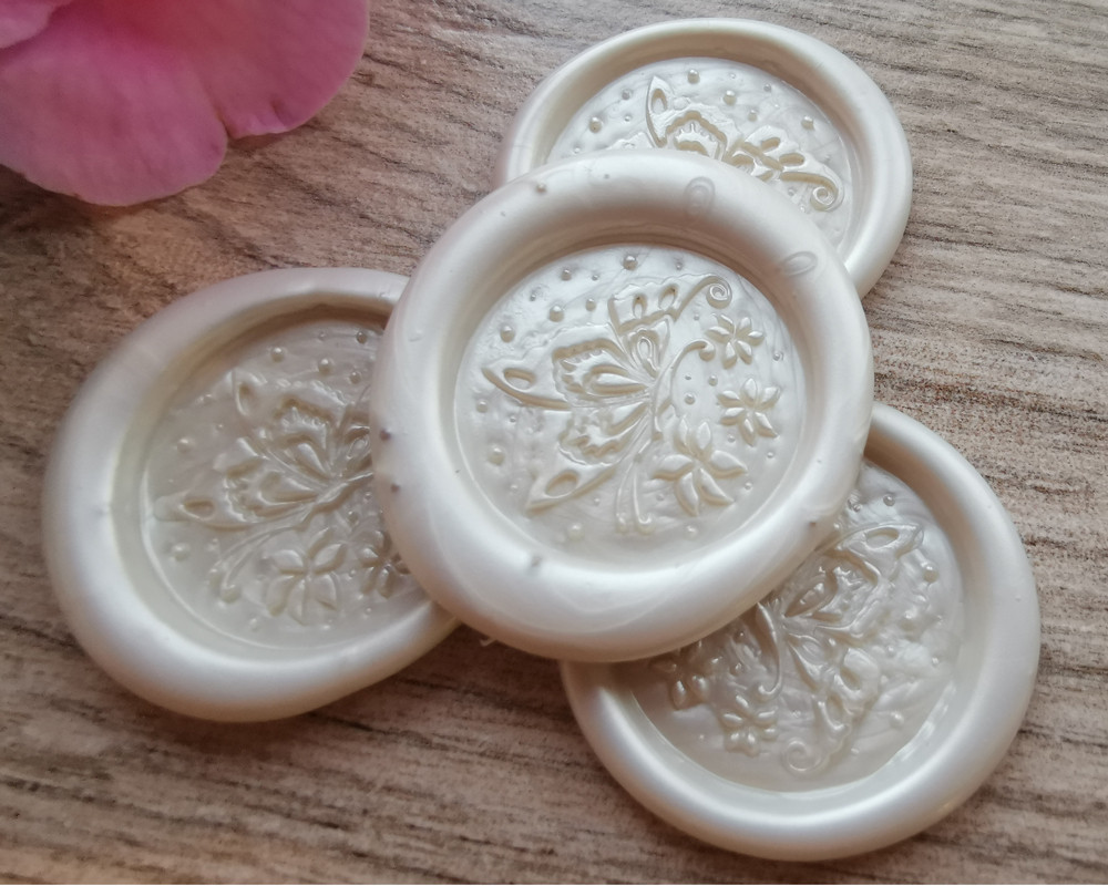Butterfly Peel and Stick wax stickers - colour sample White Pearl