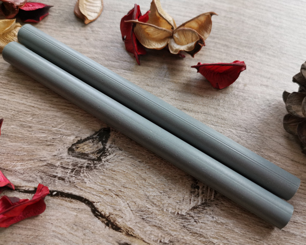 Light Grey Plain LARGE 11mm Glue Gun Sealing Wax made in Shropshire