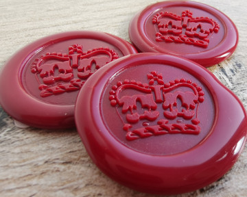 Royal Crown Peel and Stick wax sticks - colour Traditional Red