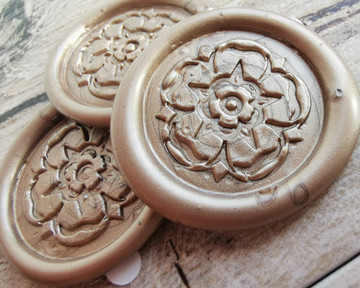 Yorkshire Rose peel and stick wax seal stickers 9ct Gold