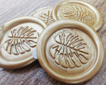 Monstera Peel and Stick Adhesive Wax Seal Sticker 9ct Gold